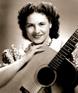 Country Music Legend Kitty Wells Dead at 92