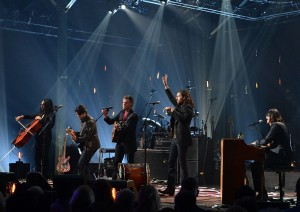 "Video Feature: Randy Travis with The Avett Brothers ""Three Wooden Crosses"""