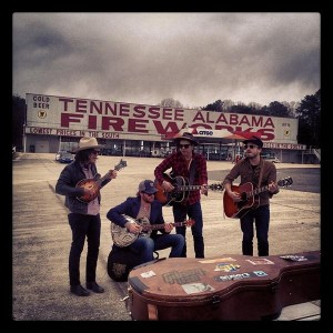 "Watch Out – The Wild Feathers: ""The Ceiling"" and ""Backwoods Company""[VIDEO]"