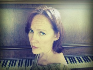 Iris DeMent Best 5 Songs [VIDEO]