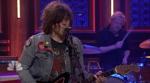 "Ryan Adams -""Gimme Something Good"" Live On ""Fallon Show"""