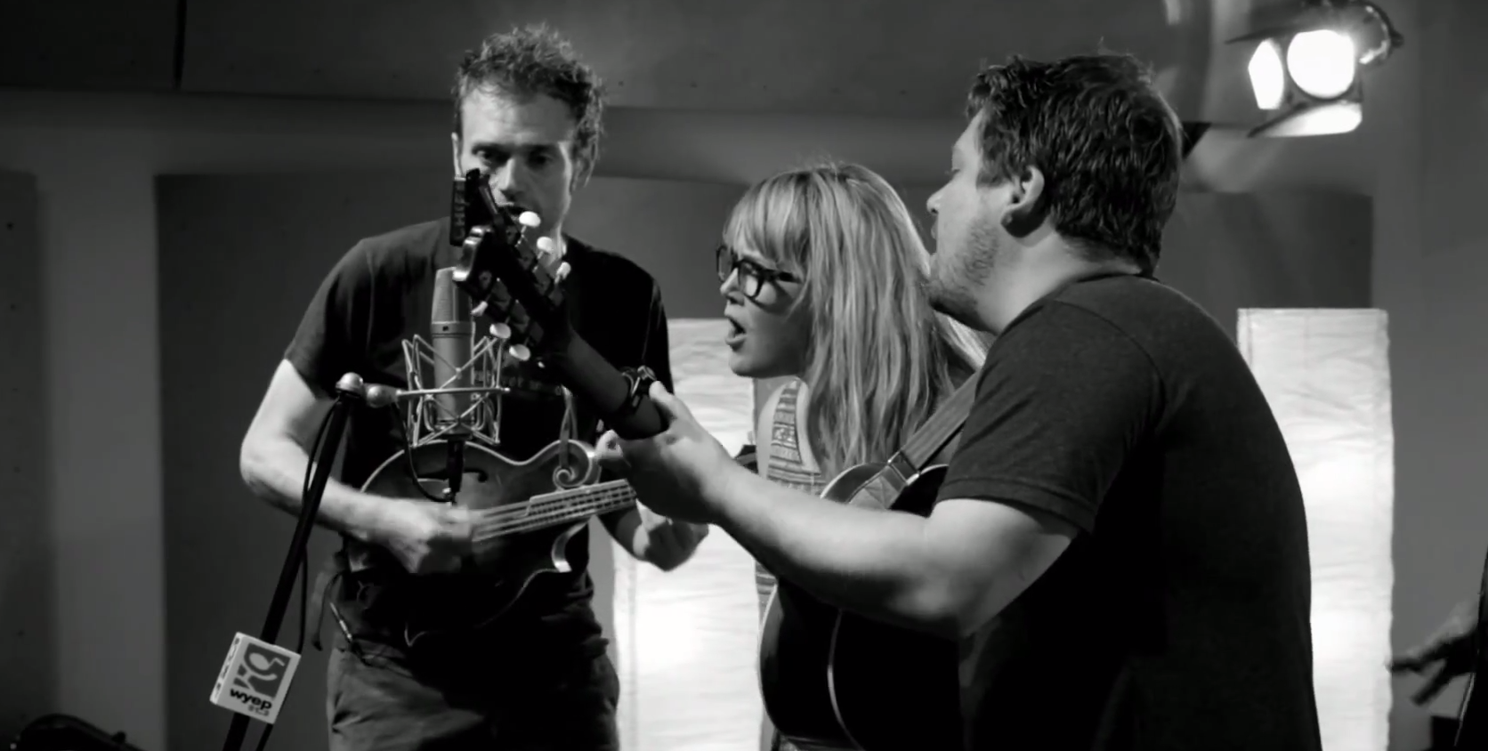 Nickel Creek Performance on Live & Direct Series
