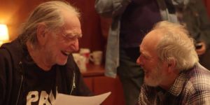 "Watch Out! Willie Nelson & Merle Haggard ""It's All Going To Pot""  [VIDEO]"