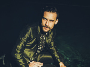 Robert Ellis Returns With Eponymous Fourth Album On June 3rd