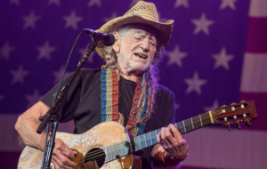 Willie Nelson Abruptly Leaves The Stage During Charlotte NC Show – UPDATE